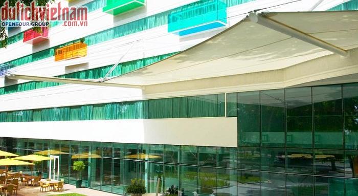 Khách sạn 4 sao sang trọng tiện nghi
