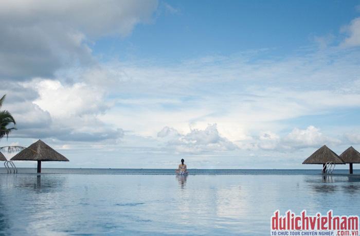 Bể bơi với vẻ đẹp tuyệt mỹ