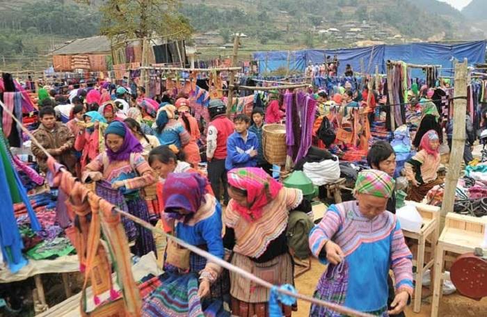 Trải nghiệm nét văn hóa vùng cao ở chợ phiên Pà Cò