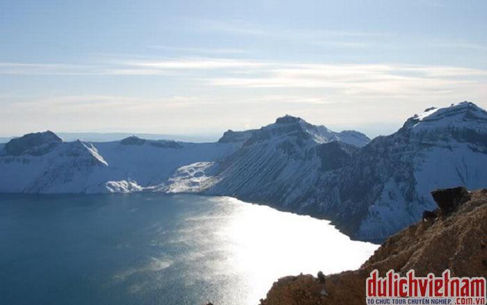 Hồ Thiên Trì