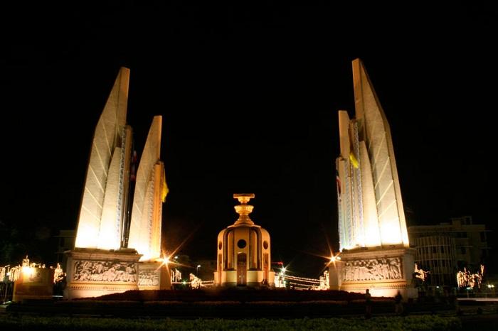 Tượng đài Dân chủ Thái Lan