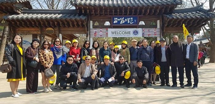 Đoàn khách du lịch Hàn Quốc