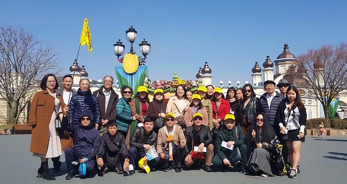 Đoàn khách tham quan trải nghiệm tại xứ sở Kim Chi