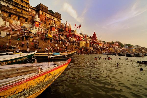 Sông Hằng - Điểm du lịch nổi tiếng của Án Độ
