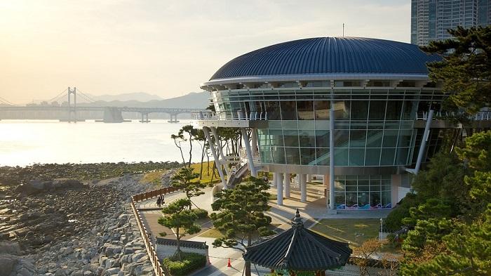 tòa nhà APEC
