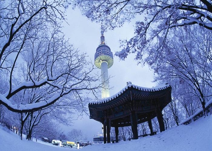 du lịch Hàn Quốc tham quan tháp truyền hình Namsan