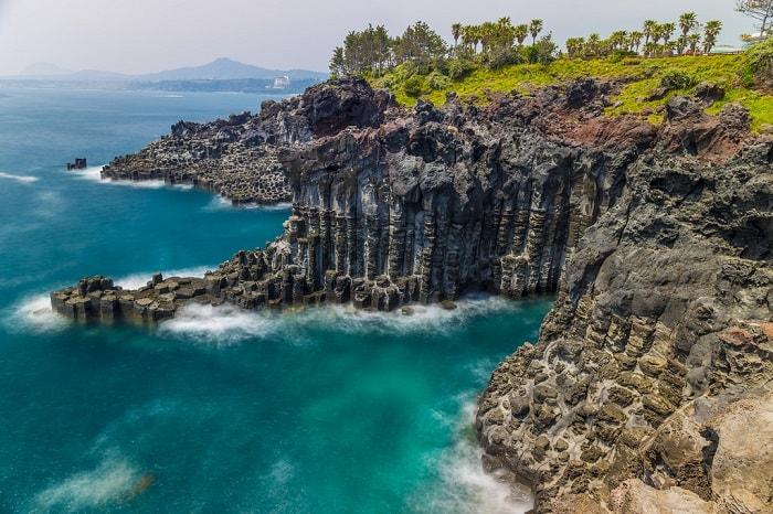 bãi-cột-đá-Jusangjeolli