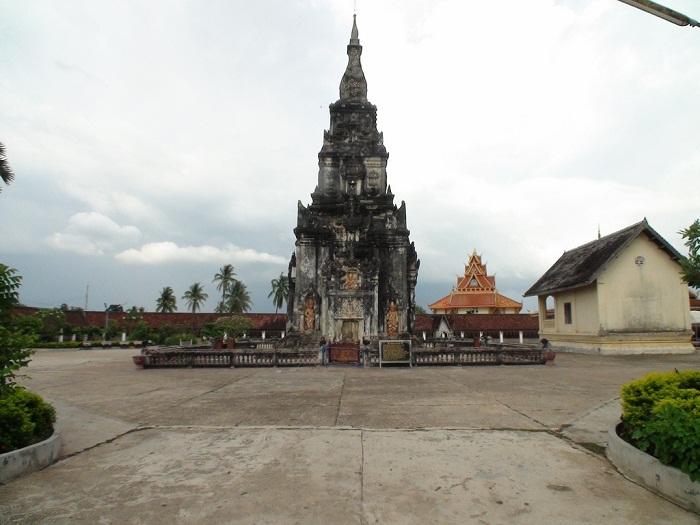 That Ing Hang - Thánh Địa Phật Giáo Đông Dương