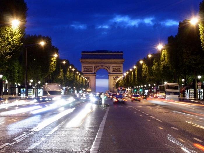 Đại Lộ Champs Elysees - Đại lộ Thiên Đàng