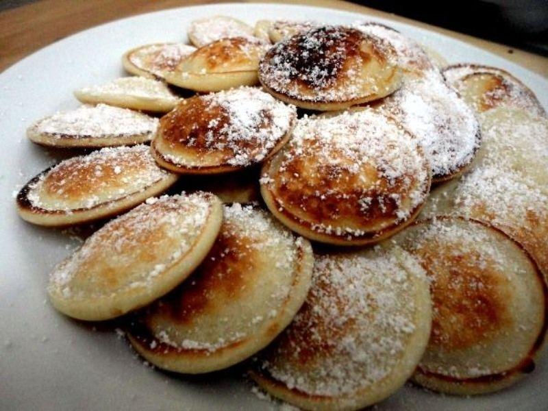 Món bánh nổi tiếng của Hà Lan - poffertjes
