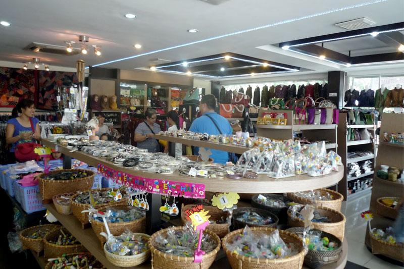 Khu chợ đồ khô Bengkong