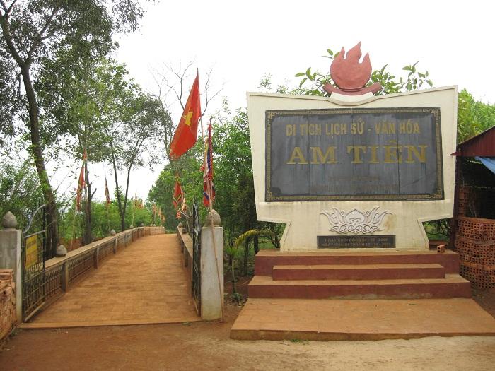Khu di tích Am Tiên