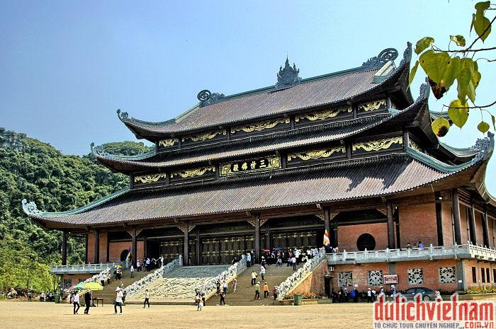 Chùa Bái Đính ngôi chùa lớn nhất Việt Nam