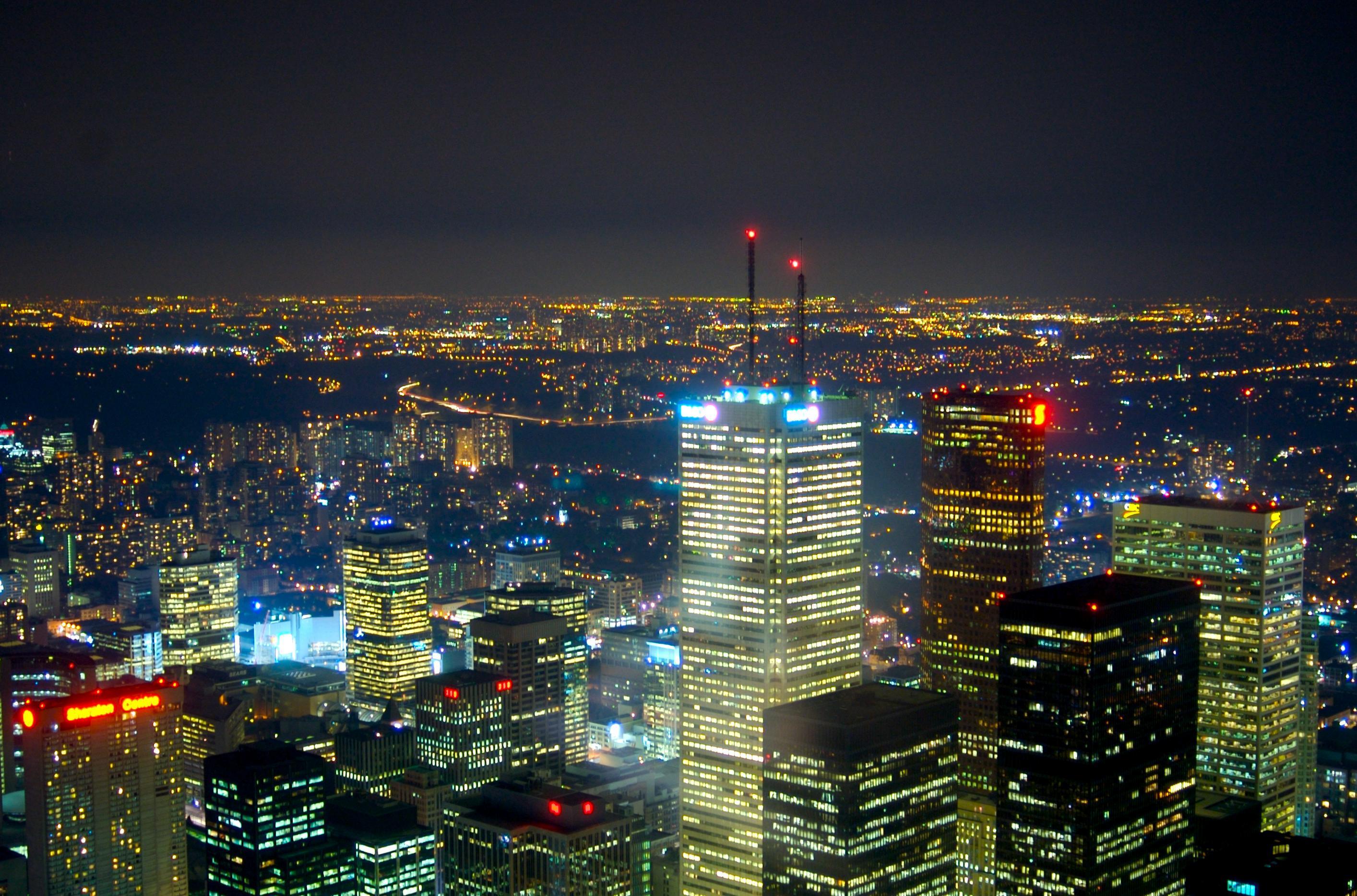 Toronto về đêm