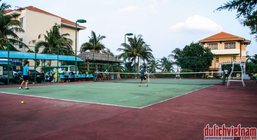 Sân bóng Tennis tại Côn Đảo Resort