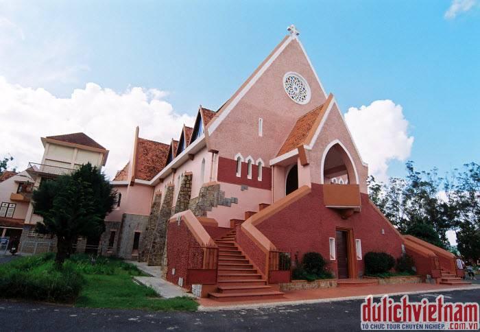 Du lịch nhà thờ Domain