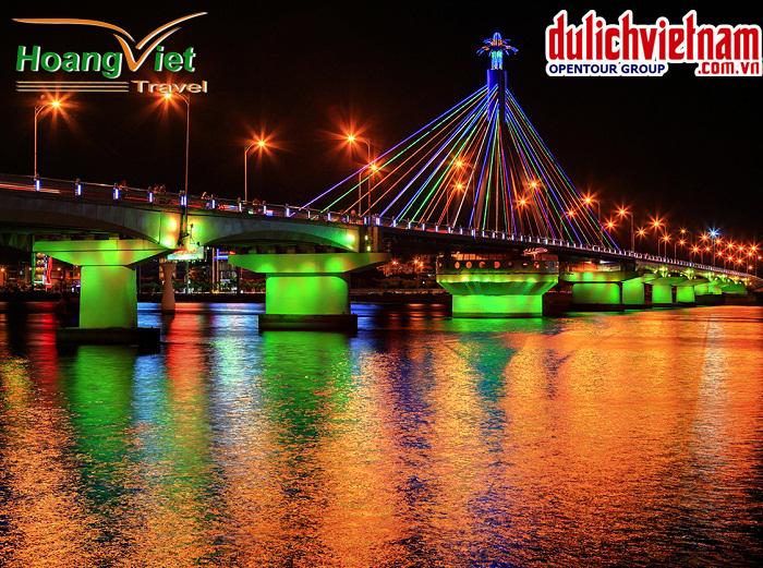 Cầu sông Hàn - biểu tượng của du lịch Đà Nẵng