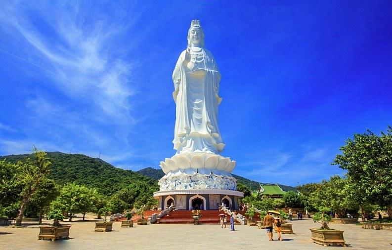 Chùa Linh Ứng - điểm du lịch Đà Nẵng mới