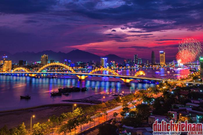 Vẻ đẹp tự nhiên của thành phố Đà Nẵng xinh đẹp