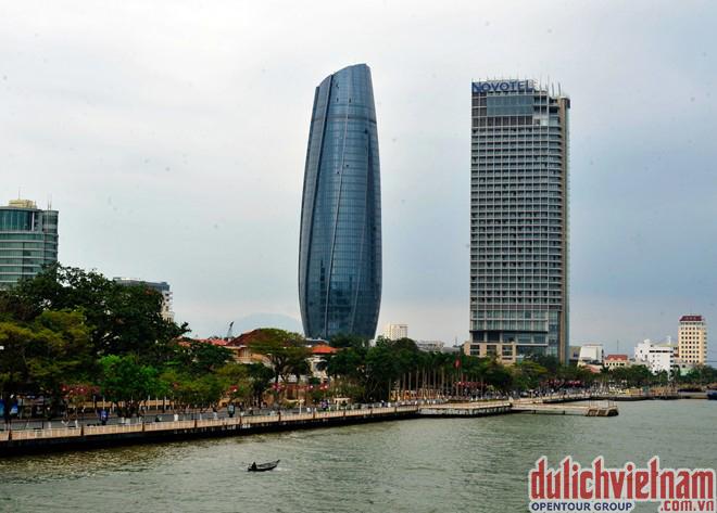 Tòa hành chính Đà Nẵng - Top 10 công trình đẹp nhất tại Đà Nẵng