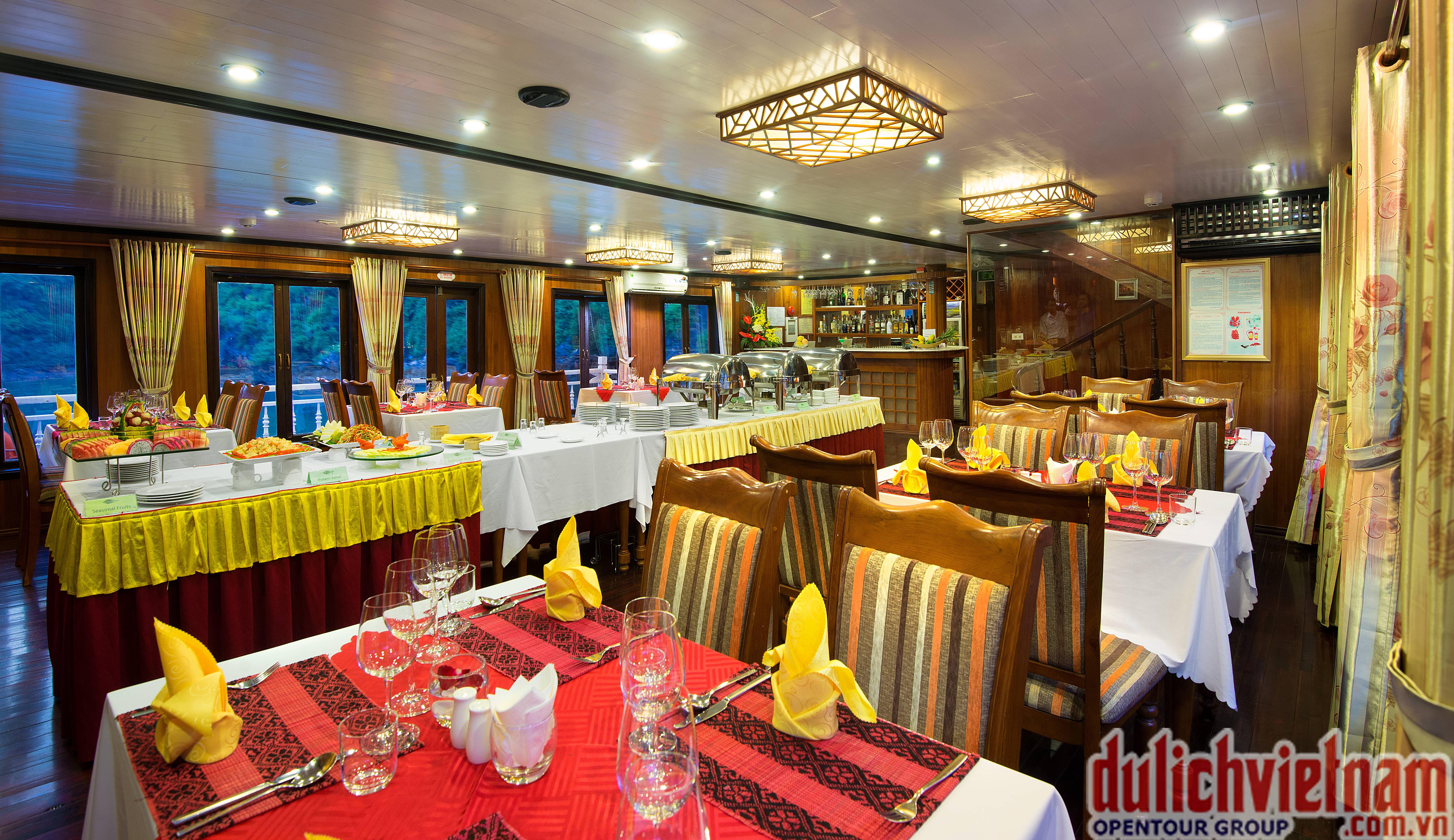 Nhà hàng Tonkin cung cấp hàng trăm món ăn hấp dẫn