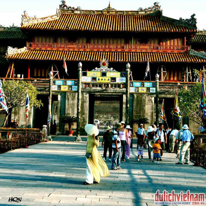 Du lịch Huế - vẻ đẹp dịu dàng