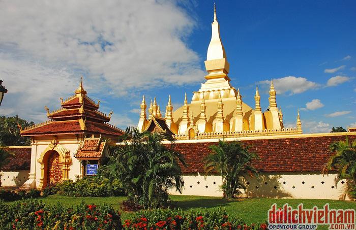 Chùa Vàng That Luỗng của Đất nước triệu Voi - Lào