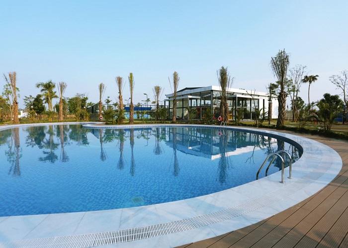 Bể bơi Vĩnh Thịnh Resort