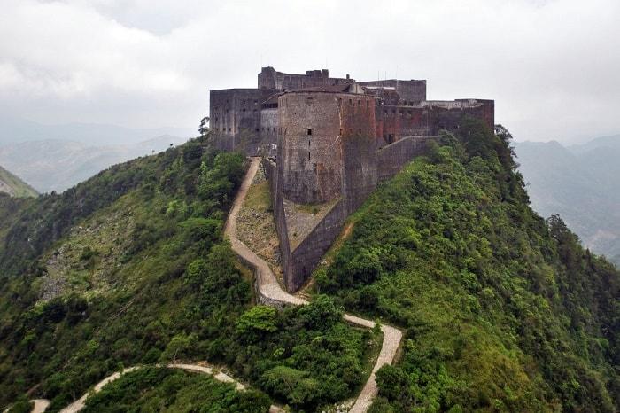 pháo-đài