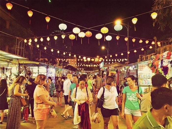 Chợ-đêm-nha-trang