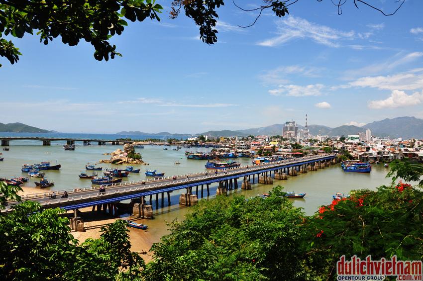 Cầu Xóm Bóng - Nha Trang