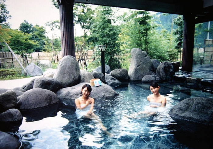 Trảo nghiệm tắm khoáng Onsen Nhật Bản