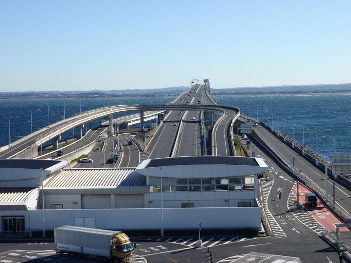 Tokyo-Bay-Aqua-Line