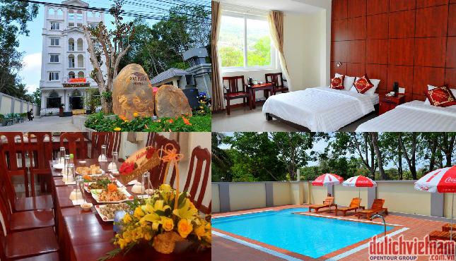 Phòng nghỉ khách sạn đầy đủ tiện nghi, hướng nhìn ra biển