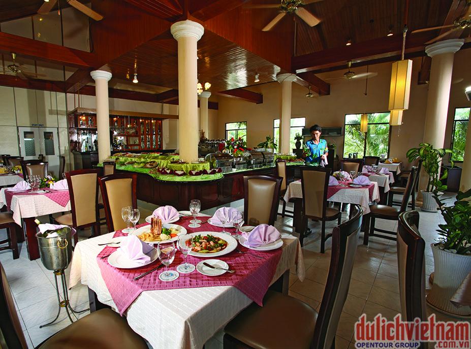 Nhà hàng của Sài Gòn Phú Quốc Resort với rất nhiều món ăn hấp dẫn của cả Á & Âu