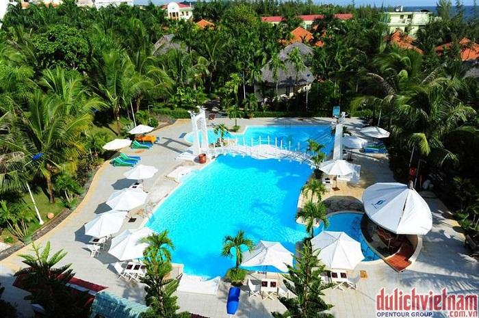 Bể bơi ngoài trời của Sasco Blue Lagoon Resort