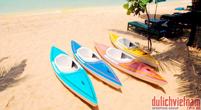 Giải trí đua thuyền tại khách sạn Sasco Blue Lagoon Resort Phú Quốc