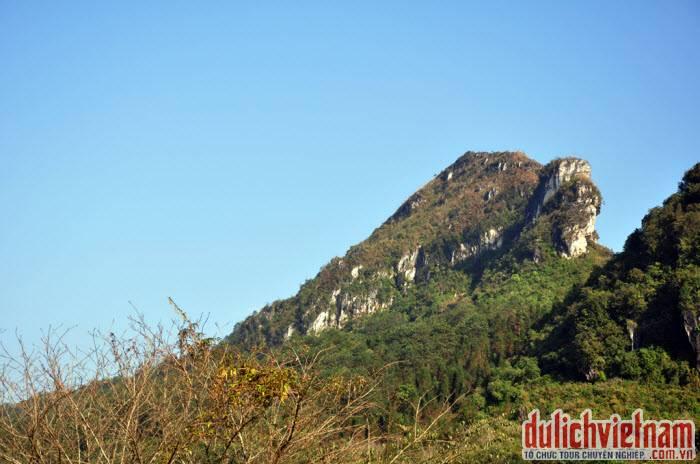 Du lịch núi Hàm Rồng - Sapa