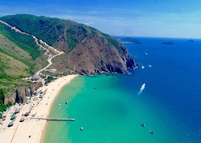 Bỏ túi cẩm nang du lịch Quy Nhơn mới nhất năm 2020 trong mùa hè này